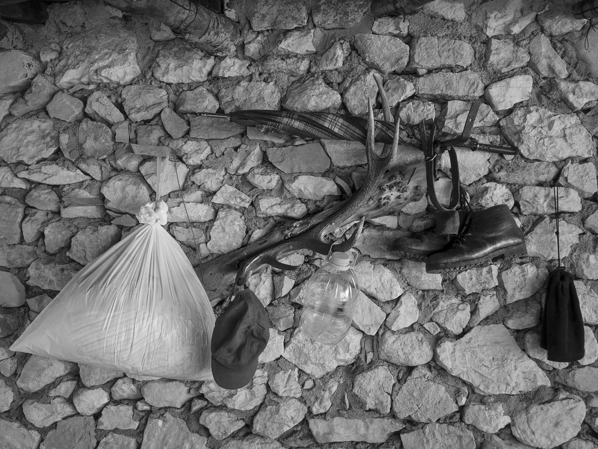 Guardaroba, transumanza - Giulio Burroni
